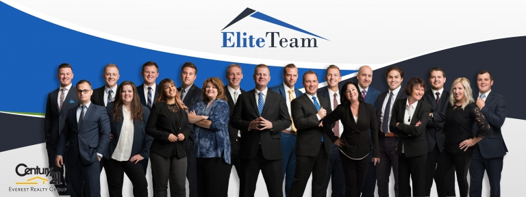Large real estate team photo captured by Utah photographer Purple Moss